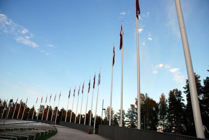 Dziesmu svētku karoga masts - 16m