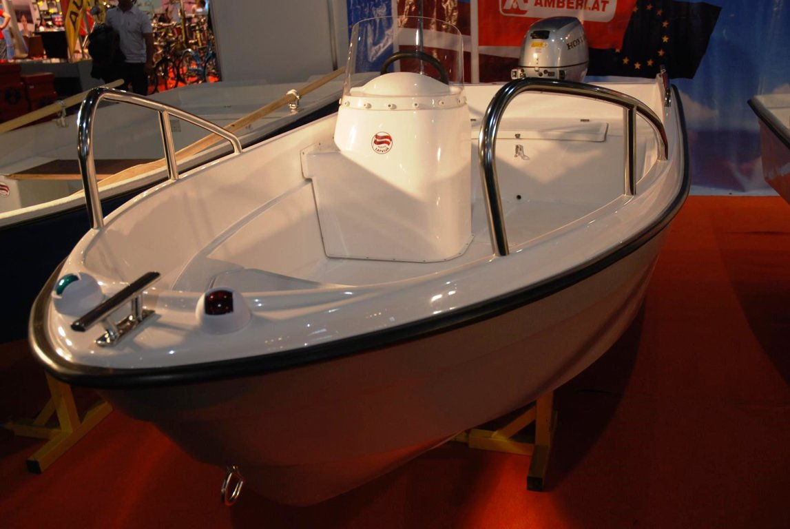 Laiva AMBER 360E