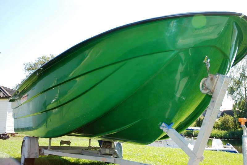 Boat AMBER 600